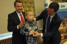 Przewodniczącym specjalnej dziecięcej sesji rady miasta został Piotruś Adamek.