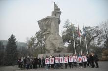 Niepodległościowy flash-mob w centrum Opola