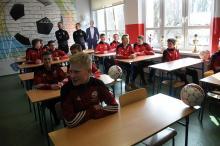 Klasa niczym boisko piłkarskie. Posłuży sportowcom z Prószkowa