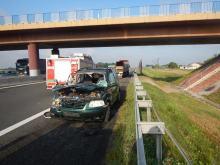 Zderzenie osobówki z ciężarówką na A4. 4 osoby zostały ranne
