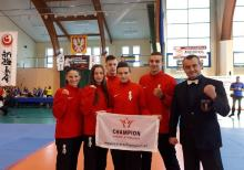for. Klub Champion