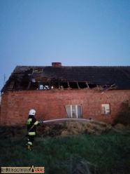Spłonął dom w gminie Wołczyn. Przyczyna pojawienia się ognia nieznana