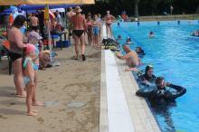 """Bezpieczeństwo ponad wszystko! Rozpoczęła się akcja """"Bezpiecznie nad wodą 2019"""" na basenie letnim"""