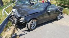 Kierowca Mercedesa stracił panowanie nad pojazdem i uderzył w inny samochód