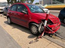 Pijana 45-latka rozbiła auto w centrum miasta