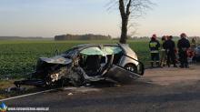 Tragiczny wypadek na krajowej 45. Nie żyje 58-letnia kobieta