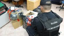 Ponad 600 sztuk odzieży z podrobionymi znakami towarowymi miało trafić na Opolszczyznę