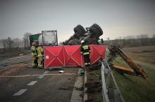 Tragiczny wypadek na DK40. Nie żyje młody mężczyzna