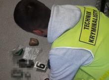 Narkotyki ukryli w samochodzie i domach