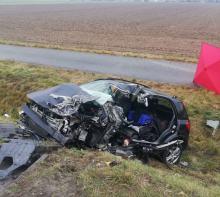 Wypadek w powiecie brzeskim. Nie udało się uratować 73-letniego kierowcy