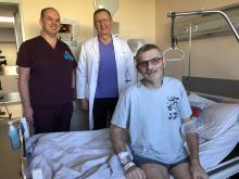 Lekarze z Uniwersyteckiego Szpitala Klinicznego przeprowadzili nowatorską operację ratującą życie