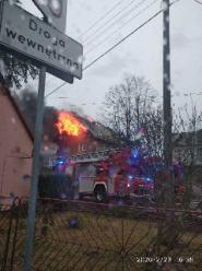 Pożar domu jednorodzinnego pod Nysą. Duże straty