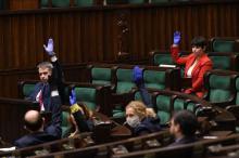 Andrzej Duda podpisał pakiet ustaw składających się na tarczę antykryzysową. Bez poprawek Senatu