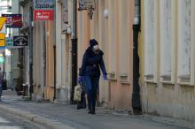 Są już przepisy regulujące obowiązek zakrywania twarzy. Kiedy możemy tego nie robić?