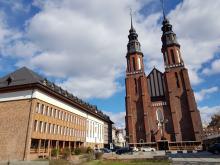 Nowy dekret biskupa opolskiego nakazuje natychmiastowe usunięcie nagranych mszy świętych z sieci