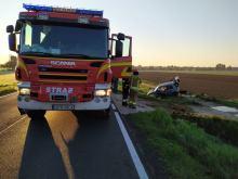 Wypadek na DK40 pomiędzy Łąką Prudnicką i Prudnikiem. Auto uderzyło w przepust