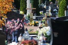 Kaplica cmentarna znów otwarta. Przywrócono zwyczajową formę pogrzebów