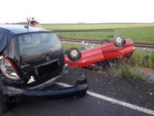 Zderzenie 3 samochodów osobowych na trasie Strzeleczki - Kujawy