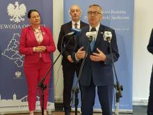 Minister Rodziny Pracy i Polityki Społecznej podsumował w Ujeździe rządowe projekty wsparcia