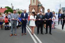 Wielka feta na otwarcie nowej drogi przez Narok w gminie Dąbrowa