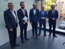 Liderzy klubów w sejmiku murem za marszałkiem Andrzejem Bułą