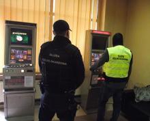 Krajowa Administracja Skarbowa cały czas zamyka kolejne nielegalne salony gier