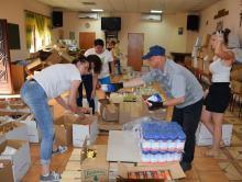 172 kartony pełne jedzenia otrzymali potrzebujący. Wystartował Bank Żywności w Ozimku