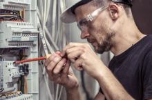 Elektryk w Opolu - niezbędny fachowiec przy awariach elektrycznych