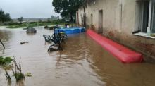 Trwa walka z wodą w powiecie nyskim. Sytuacja jest poważna