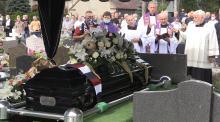 Opolanie, rodzina i środowisko sportowe pożegnało Jerzego Szczakiela
