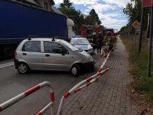 81-letni kierujący Matizem wjechał w bariery. Został ranny