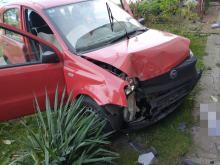 """Rozbiła samochód o budynek i poszła do domu... """"wydmuchała"""" blisko 3 promile"""
