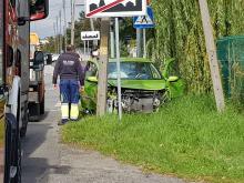 Dąbrowa: 64-letnia kobieta wymusiła pierwszeństwo przejazdu. Doszło do zderzenia