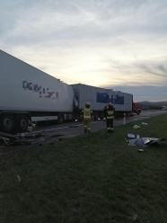 4 samochody ciężarowe zderzyły się na A4 w powiecie strzeleckim