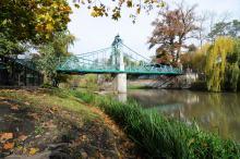 Most Groszowy przejdzie remont. Konieczne będzie usunięcie kłódek zakochanych