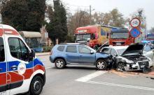 Wypadek na skrzyżowaniu pod Namysłowem. 3 osoby ranne