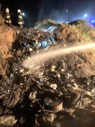Pożar dzikiego wysypiska śmieci w Ligocie Turawskiej