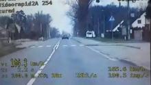 Blisko 170km/h w terenie zabudowanym miała kierująca, gdy trafiła na policjantów