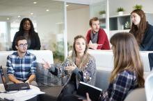 Jakie koszty ponosi pracodawca, zatrudniając pracownika na umowie o pracę?