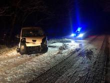 Sypnęło śniegiem. W województwie w ostatnich godzinach doszło do wielu zdarzeń drogowych