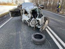 Policja bada przyczyny wypadku w Zawadzie. Kierowca Volkswagena prawdopodobnie pijany