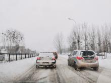 Trudna sytuacja na opolskich drogach. Służby drogowe nie nadążają z odśnieżaniem