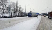 Za nami ciężki zimowy poniedziałek. MZD stara się opanować sytuację na drogach