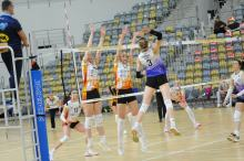Siatkarki z Opola kontynuują zwycięska passę