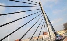 """Działacze Lewicy chcą zmiany nazwy mostu z """"Żołnierzy Wyklętych"""" na """"Praw Kobiet"""""""