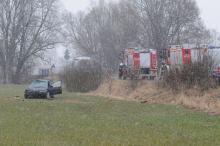 Kierowca BMW wypadł z drogi i dachował. Wypadek na trasie Lędziny-Chrząstowice