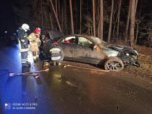 Interwencja służb na trasie Prądy-Wawelno. Dwoje uczestników zdarzenia pod wpływem alkoholu