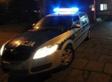 1,5-roczna dziewczynka miała połknąć kapsułkę do prania - eskortowała ją policja