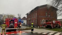 Pożar budynku wielorodzinnego w Gogolinie. W akcji kilka zastępów straży