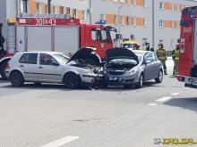 Zderzenie samochodów na skrzyżowaniu w Opolu